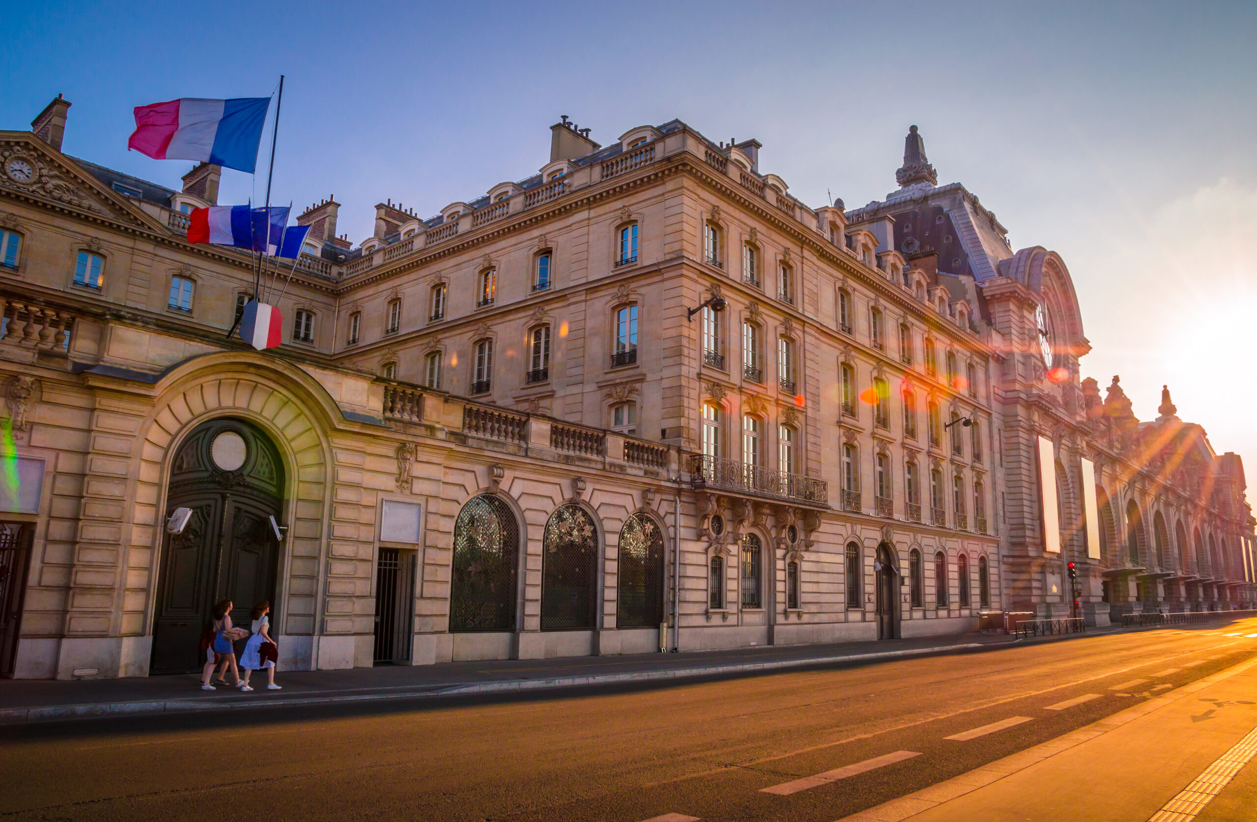 Virtual Museum Tour of Sunset view of Orsay Museum on left bank of Seine, Paris, France.