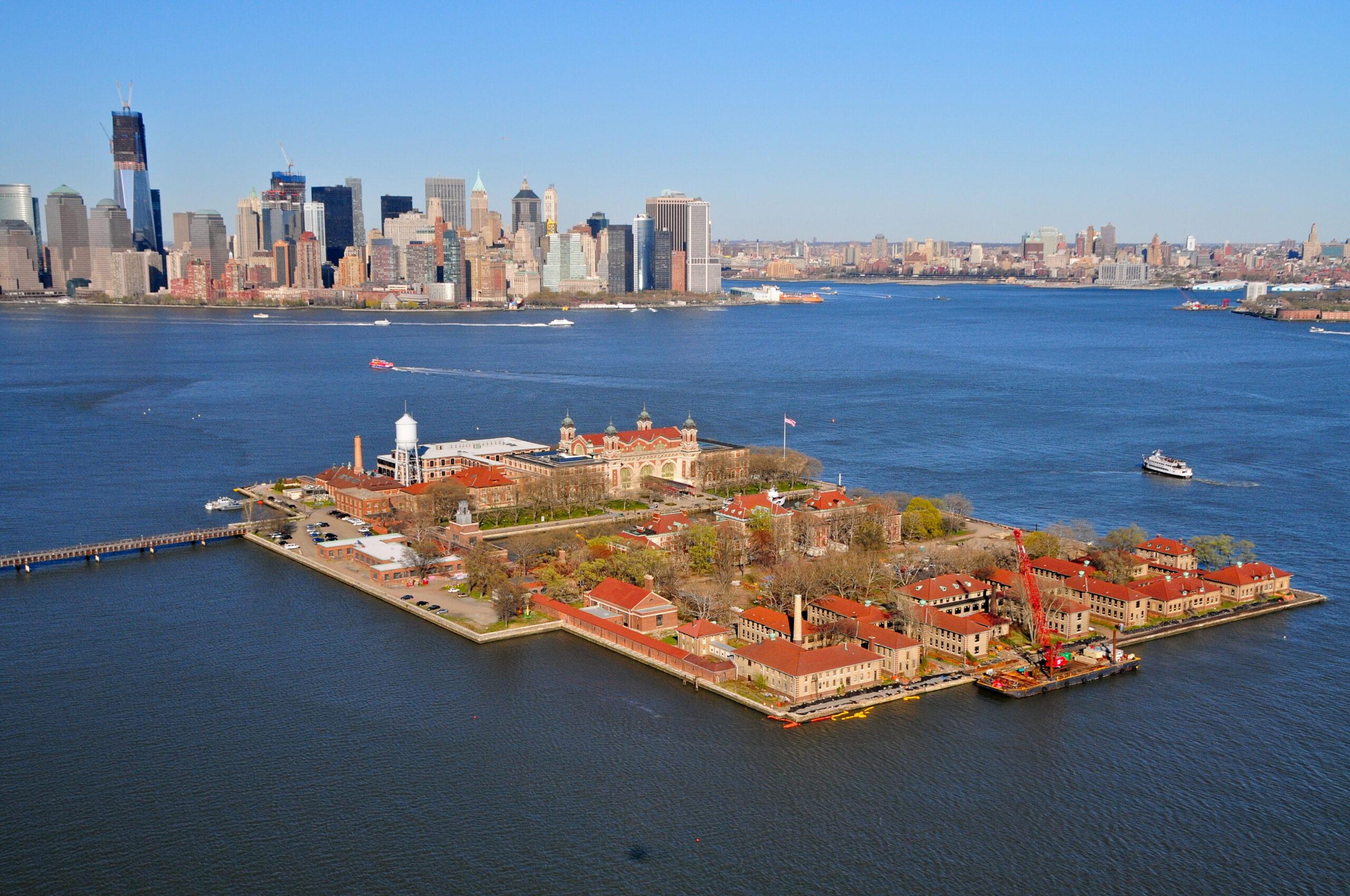 Virtual tour of Ellis Island & Downtown Manhattan, New York.