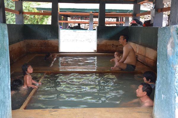 Bhutan wellness travel with hotspring