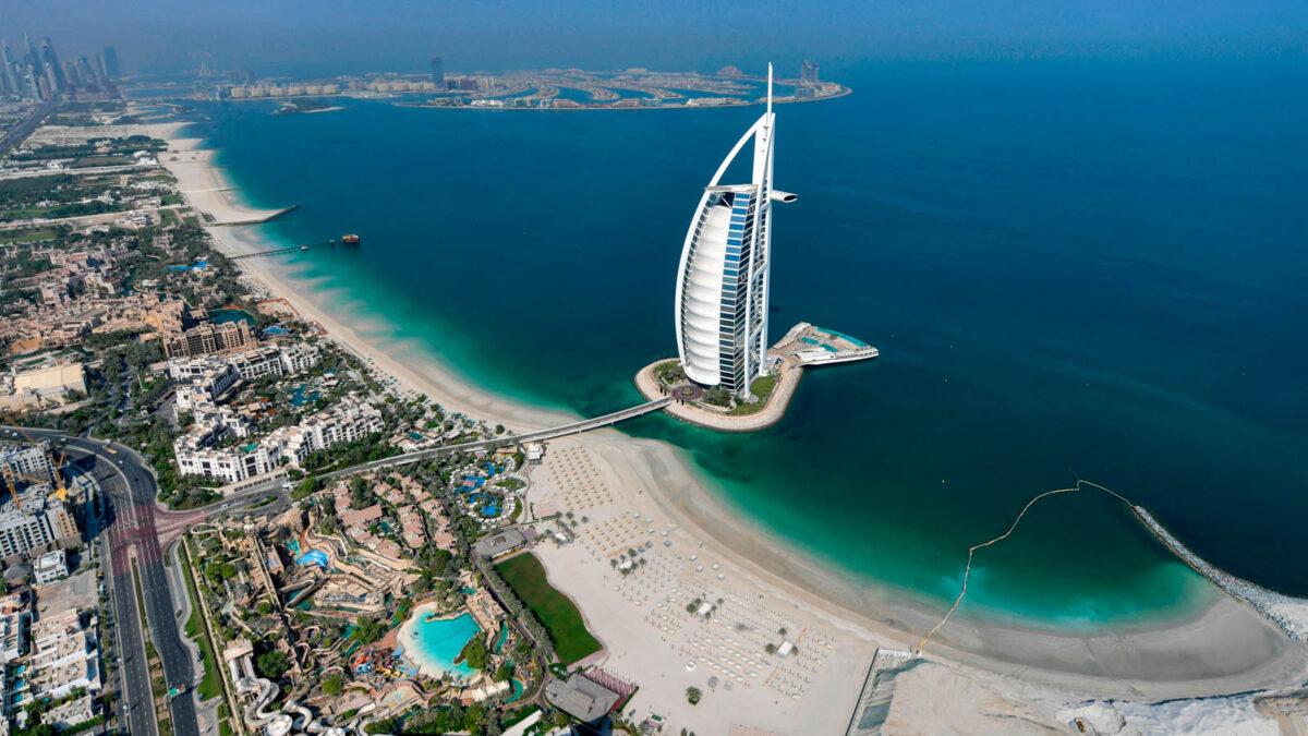 Tips for Traveling to Dubai - Burj al-Arab hotel