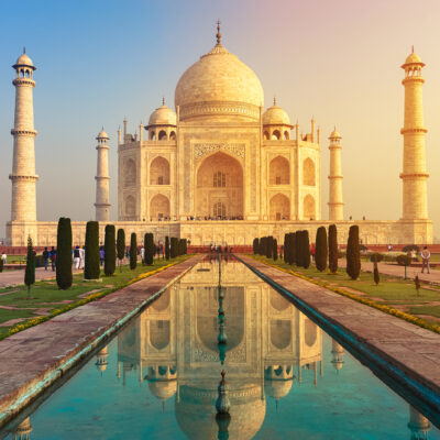 Getting Travel Hungry?  Check Out These Virtual Tours of Some Amazing Landmarks...